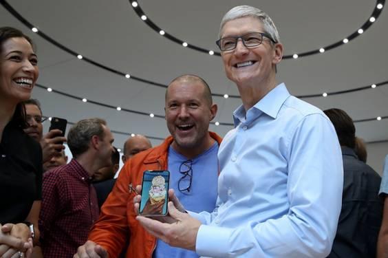 苹果最新财报:iPhone销量略低预期 批准1000亿美元回购股票计划